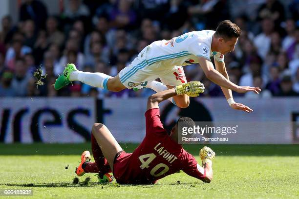 Florian Thauvin of Marseille in action during the French Ligue 1 match between Toulouse FC and Olympique de Marseille at Stadium Municipal on April 8...