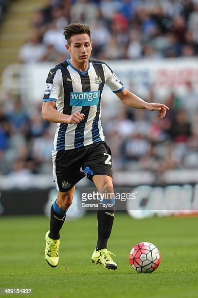 Florian Thauvin of Newcastle runs with the ball during the Barclays Premier League match between Newcastle United and Southampton at StJames Park on...