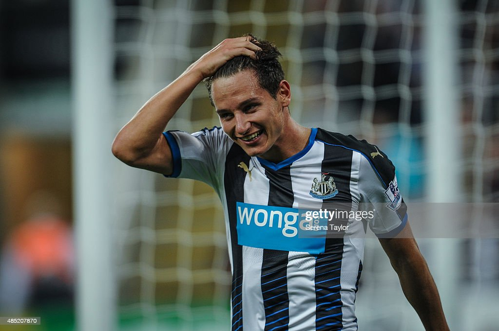 <a gi-track='captionPersonalityLinkClicked' href=/galleries/search?phrase=Florian+Thauvin&family=editorial&specificpeople=9157453 ng-click='$event.stopPropagation()'>Florian Thauvin</a> of Newcastle smiles during The Capital One Cup second round match between Newcastle United and Northampton Town at St.James Park on August 25, 2015, in Newcastle upon Tyne, England.