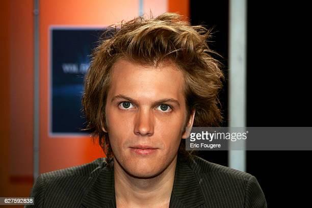 Florian Zeller on the set of TV show 'Vol de Nuit'