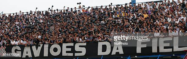 Florian��polis/SC Corinthians fans celebrate team goal from 19th round of Brazilian Soccer Championship 2015 Photo Fernando Remor