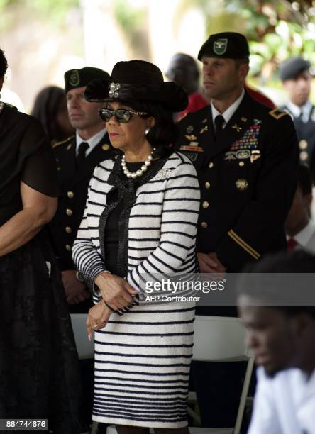 Florida Congresswoman Frederica Wilson attends the burial service for US Army Sgt La David Johnson at the Memorial Gardens East cemetery on October...