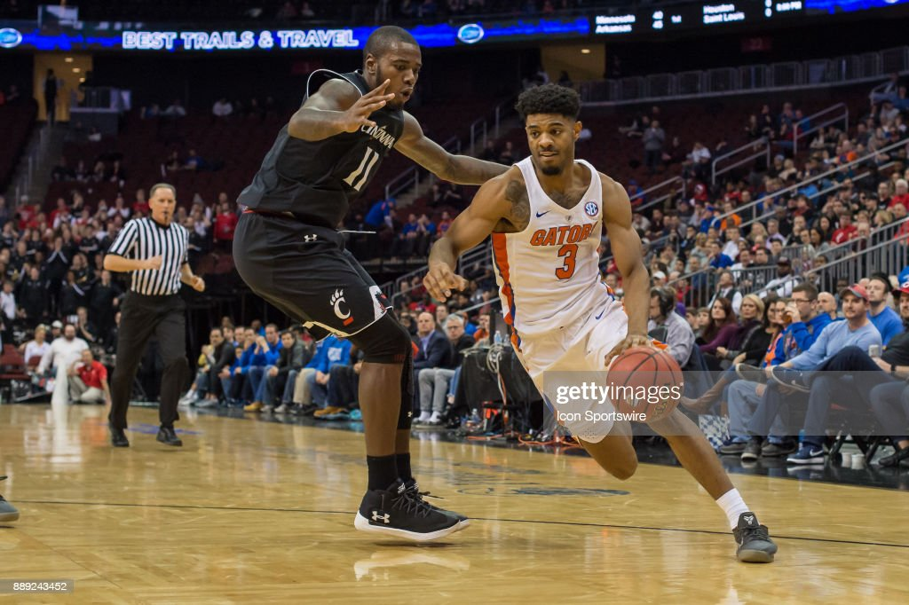 Florida Gators guard Jalen Hudson (3) drives to the basket during the second half of the Never Forget Tribute Classic college basketball game between the Cincinnati Bearcats and the Florida Gators on December 9, 2017, at the Prudential Center in Newark, NJ.
