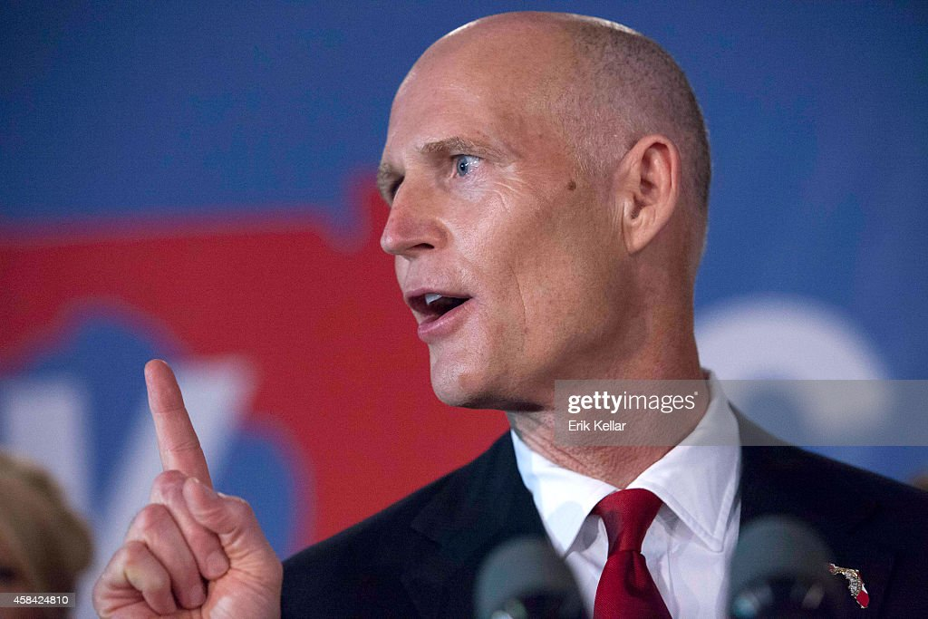 Rick Scott gives his victory speech November 4, 2014 in - florida-rep-gov-rick-scott-gives-his-victory-speech-november-4-2014-picture-id458424810