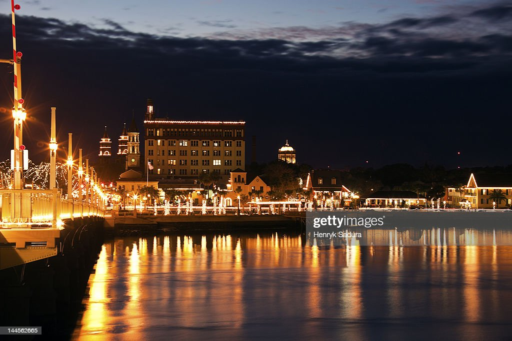 USA, Florida, St. Augustine, Harbor illuminated at night
