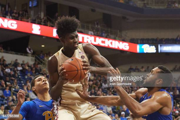 Florida State Seminoles forward Jonathan Isaac grabs the rebound during a basketball game between Pittsburgh Panthers and Florida State Seminoles on...