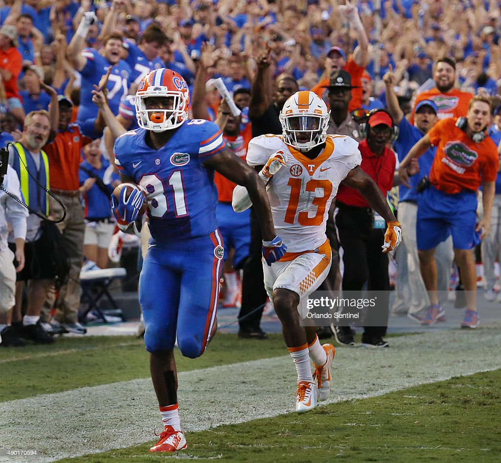 Florida wide receiver Antonio Callaway takes a pass reception 63 yards for the winning touchdown against Tennessee in the fourth quarter at Ben Hill...