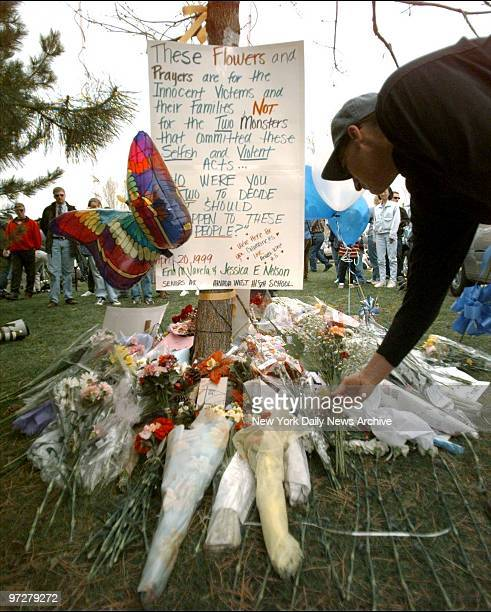 Columbine High School Shootings In Littleton Colorado: Columbine High School Stock Photos And Pictures
