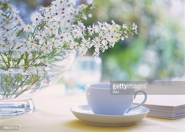Flowers in Vase and Tea Set, Close Up, Differential Focus, In Focus, Out Focus