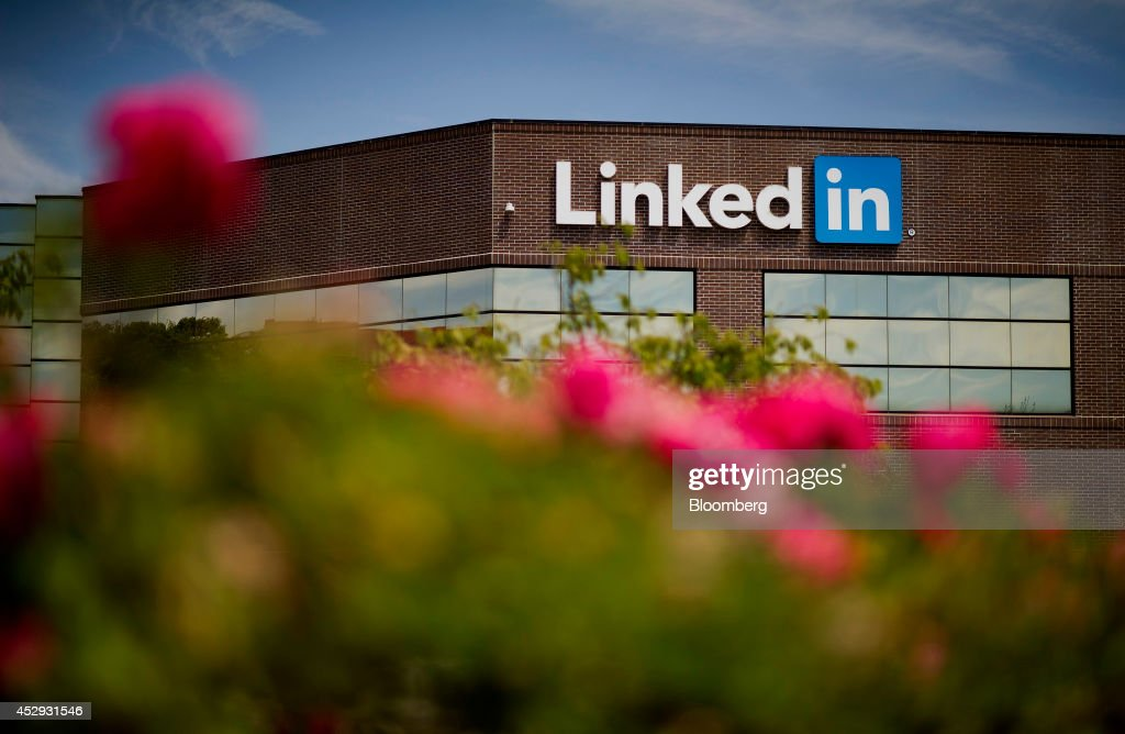 Flowers stand in front of LinkedIn Corp. headquarters in Mountain View, California, U.S., on Monday, July 28, 2014. LinkedIn Corp. is scheduled to release earnings figures on July 31. Photographer: David Paul Morris/Bloomberg via Getty Images