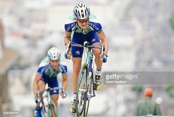Floyd Landis of the US and riding for the Mercury Cycling Team climbs the Taylor Street hill during the 2001 San Francisco Grand Prix cycling race on...