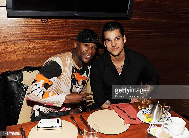 Floyd Mayweather Jr and Rob Kardashian dine at Stack restaurant at The Mirage Hotel and Casino on March 16 2012 in Las Vegas Nevada