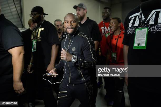 Floyd Mayweather Jr arrives at the arena for his super welterweight boxing match against Conor McGregor on August 26 2017 at TMobile Arena in Las...