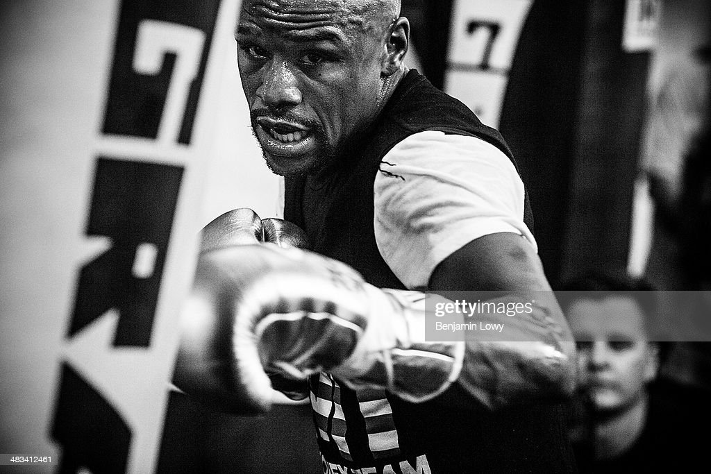 Floyd Mayweather trains at his gym on July 25, 2013, in Las Vegas, Nevada, in preparation for his fight with Saul Alvarez, a Mexican boxer known as El Canelo.