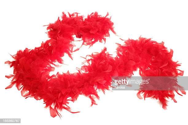 boa de plumes sur blanc rouge