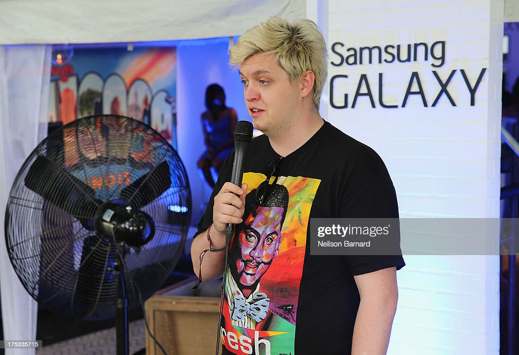 <a gi-track='captionPersonalityLinkClicked' href=/galleries/search?phrase=Flux+Pavilion&family=editorial&specificpeople=9018833 ng-click='$event.stopPropagation()'>Flux Pavilion</a> at the Samsung Galaxy Artist Lounge at Lollapalooza on August 2, 2013 in Chicago City.