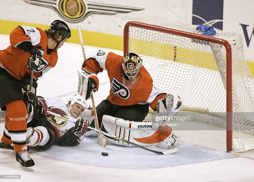 Flyers goalie Antero Niittymaki (30) makes a save on a shot by Senator left winger Vaclav Varada (26) during the Ottawa Senators vs Philadelphia Flyers game at Wachovia Center in Philadelphia on December 22, 2005.