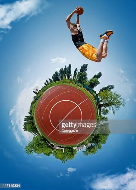 フライングバスケットボール選手