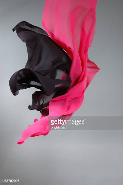 Flying Schwarz und pink, Seide