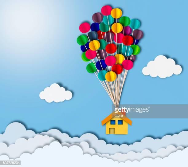 Huis vliegen over wolken, papier snijden stijl