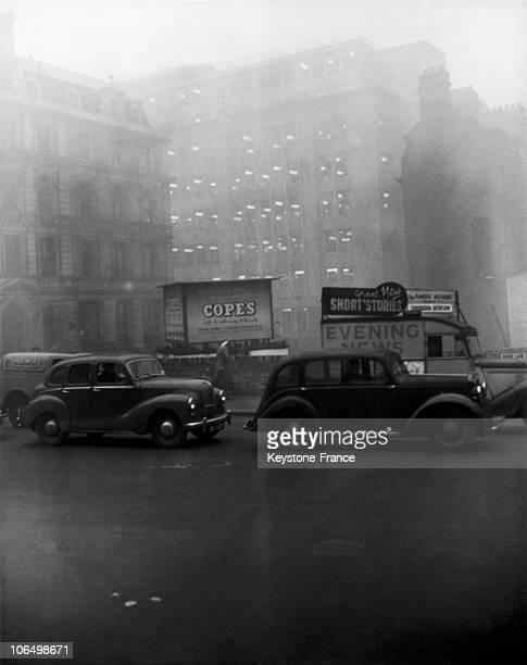 Fog In London 1952