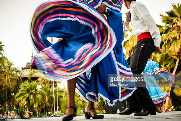 Folk dancing Mexico