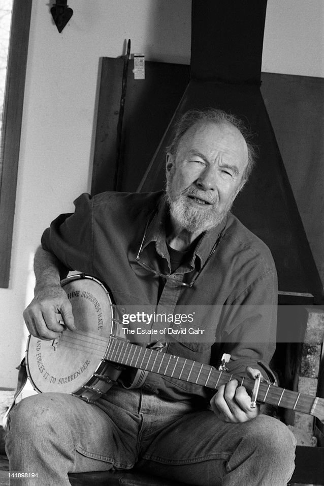 Folk singer and musician, songwriter, and environmental activist <a gi-track='captionPersonalityLinkClicked' href=/galleries/search?phrase=Pete+Seeger&family=editorial&specificpeople=213821 ng-click='$event.stopPropagation()'>Pete Seeger</a> poses for a portrait at home with his banjo in April 1991 in Beacon, New York.