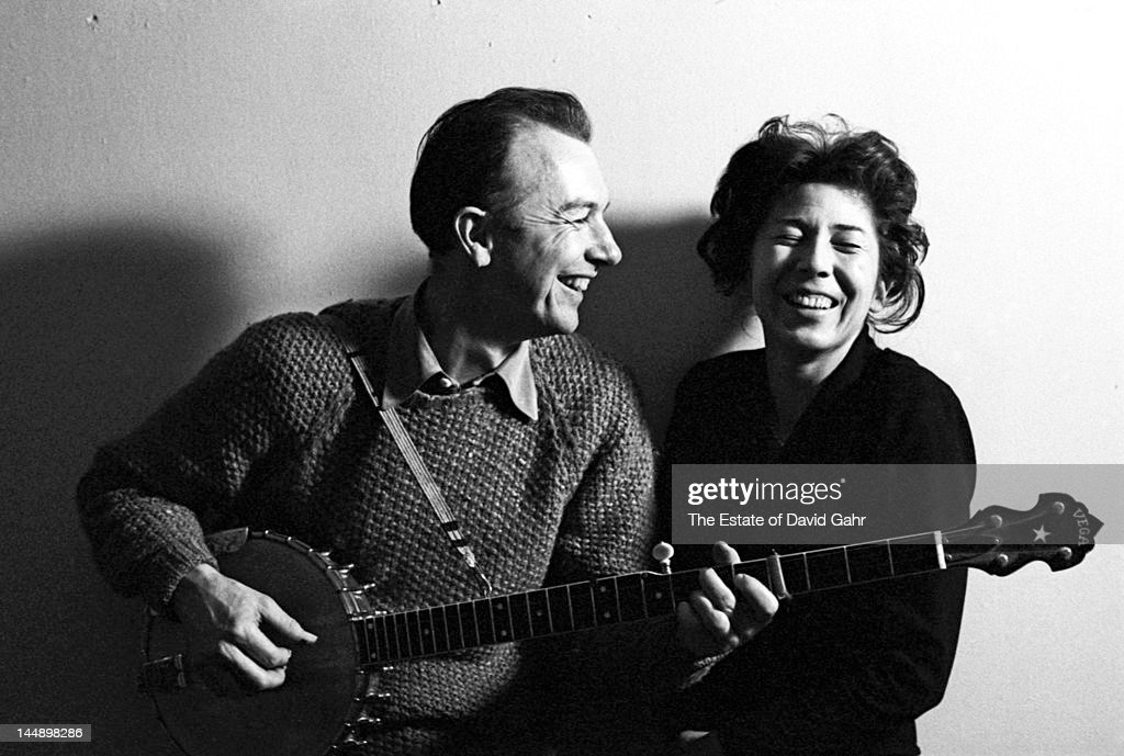 Folk singer and musician, songwriter, and environmental activist <a gi-track='captionPersonalityLinkClicked' href=/galleries/search?phrase=Pete+Seeger&family=editorial&specificpeople=213821 ng-click='$event.stopPropagation()'>Pete Seeger</a> and his wife and partner <a gi-track='captionPersonalityLinkClicked' href=/galleries/search?phrase=Toshi+Seeger&family=editorial&specificpeople=5725604 ng-click='$event.stopPropagation()'>Toshi Seeger</a> poses for a portrait in April 1962 in New York City, New York.