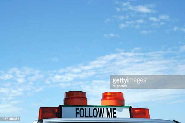 Folgen Sie mir Auto am Flughafen