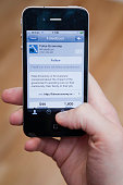 Following Twitter on a iphone 4 s mart phone connected to the internet