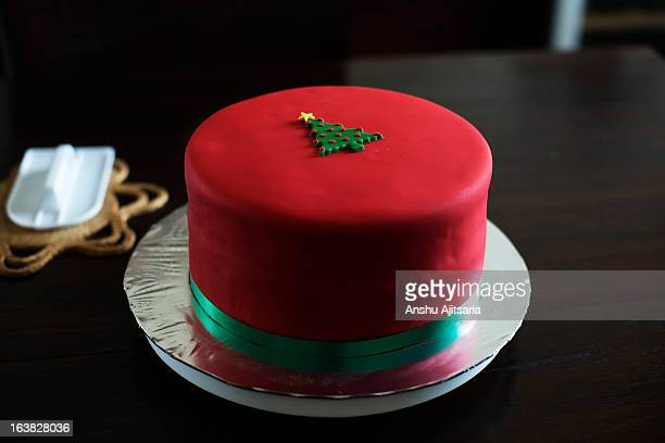 Fondant covered Christmas cake