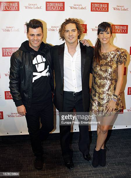 ¿Cuánto mide Fonsi Nieto? Fonsi-nieto-david-bisbal-and-almudena-cid-attend-the-spanish-singer-picture-id152823864?s=612x612