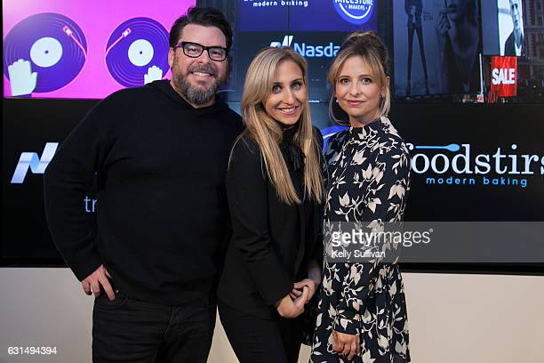 Foodstirs cofounders Greg Fleishman Galit Laibow and Sarah Michelle Gellar pose for a photo at the Nasdaq Entrepreneurial Center on January 11 2017...