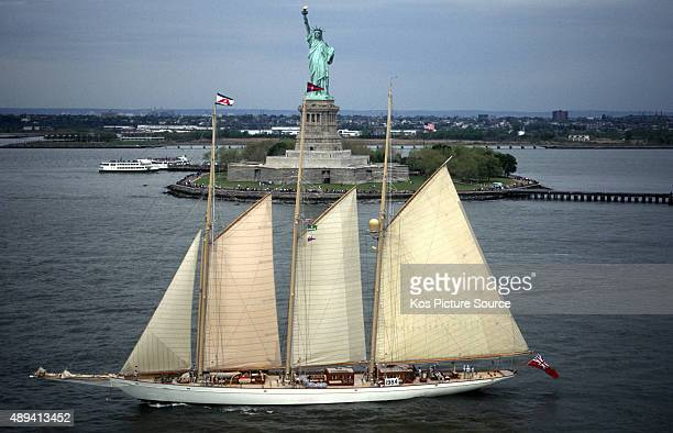170 foot Adela sailing in front of the statue of Liberty The Atlantic Challenge Cup 1997 presented by Rolex Organised jointly by the New York Yacht...
