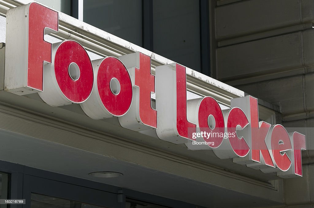 Foot Locker Inc. signage is displayed outside of a store in Oaklans, California, U.S., on Tuesday, March 5, 2013. Foot Locker Inc. is expected to release earnings data on March 8. Photographer: David Paul Morris/Bloomberg via Getty Images