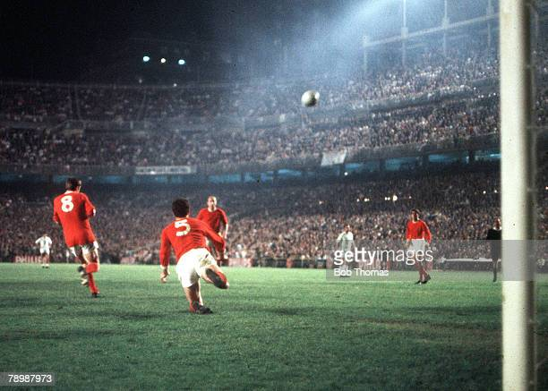 Football 1968 European Cup Semi Final Second Leg Real Madrid v Manchester United 3 Santiago Bernebeu Stadium Manchester United's Action during the...