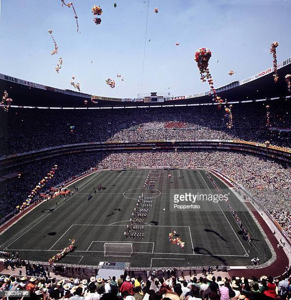 Football 1970 World Cup Finals Mexico City Mexico Opening Ceremony 31st May A general view of the Azteca Stadium as balloons are released for the...