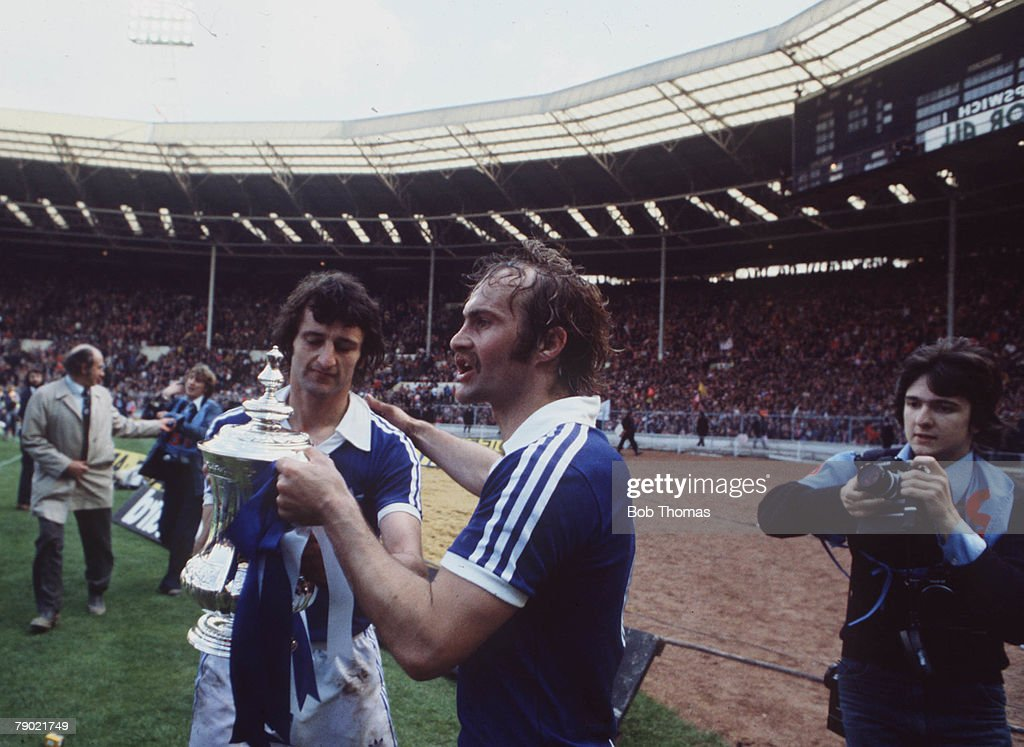 Football, 1978 FA Cup Final, Wembley, Ipswich Town 1 v Arsenal 0, 6th May, 1978, Ipswich Town+s captain Mick Mills proudly holds the trophy with goalscorer Roger Osborne