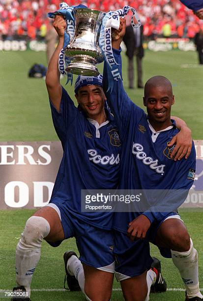 Football 1997 FA Cup Final Wembley 17th May Chelsea 2 v Middlesbrough 0 Chelsea goalscorers Roberto Di Matteo and Eddie Newton celebrate with the...