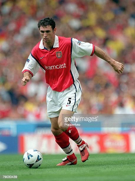 Football 1999 FA Charity Shield Wembley 1st August Arsenal 2 v Manchester United 1 Arsenal's Martin Keown