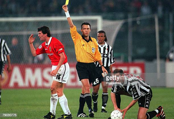 Football 1999 UEFA Champions League SemiFinal Second leg Juventus 2 v Manchester United 3 21st April Manchester United's Roy Keane is shown the...
