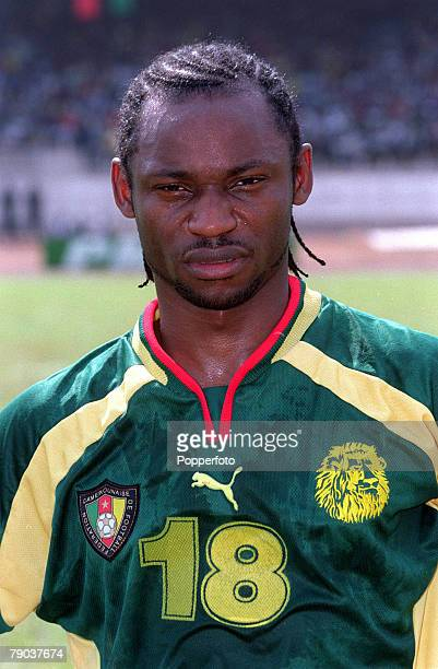 Football 2002 World Cup Qualifier African Second Round Group A Yaounde 25th February 2001 Cameroon 1 v Zambia 0 Cameroons Salomon Olembe