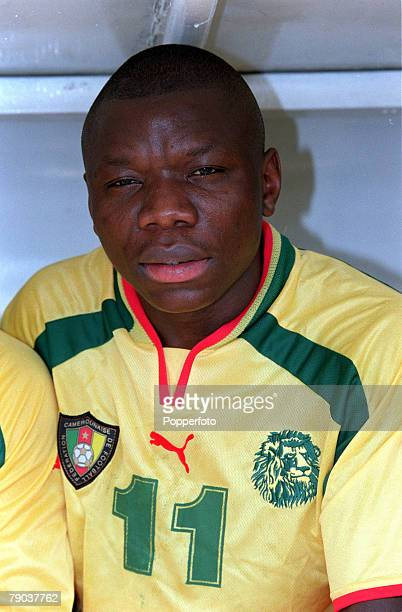 Football 2002 World Cup Qualifier African Second Round Group A Yaounde 25th February 2001 Cameroon 1 v Zambia 0 Cameroons Pius Ndiefi
