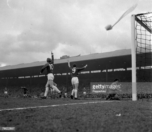 Football 20th March 1963 Old Trafford England FA Cup 5th Round Manchester United 2 v Chelsea 1 Denis Law celebrates after scoring Manchester Uniteds...