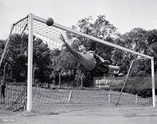 Football 3rd August 1963 Pre season training Tottenham Hotspur goalkeeper Bill Brown during practice