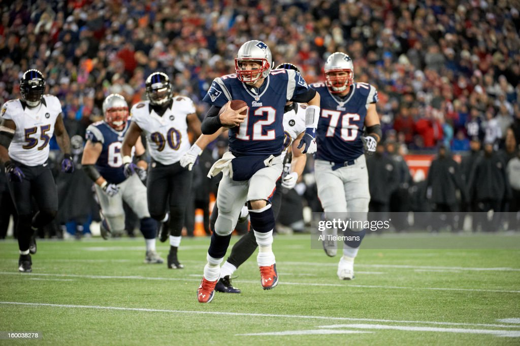 New England Patriots QB Tom Brady (12) in action vs Baltimore Ravens at Gillette Stadium. Al Tielemans F77 )