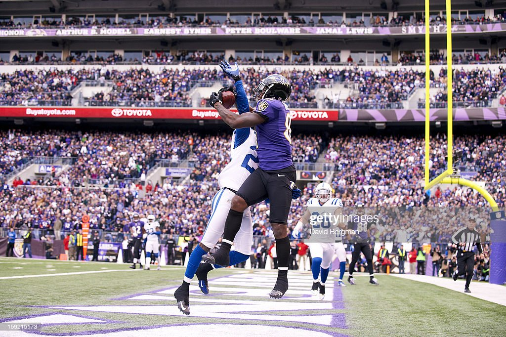 Baltimore Ravens Anquan Boldin (81) in action, making touchdown catch vs Indianapolis Colts Darius Butler (20) at M&T Bank Stadium. David Bergman F102 )