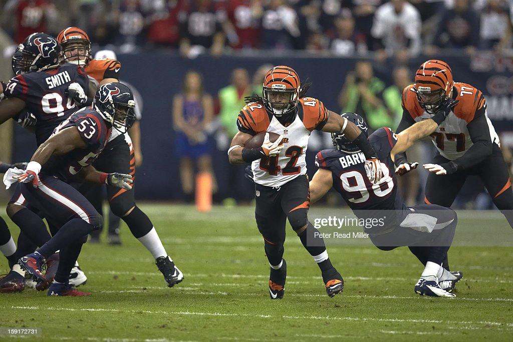Cincinnati Bengals BenJarvus Green-Ellis (42) in action, rushing vs Houston Texans at Reliant Stadium. Peter Read Miller F216 )