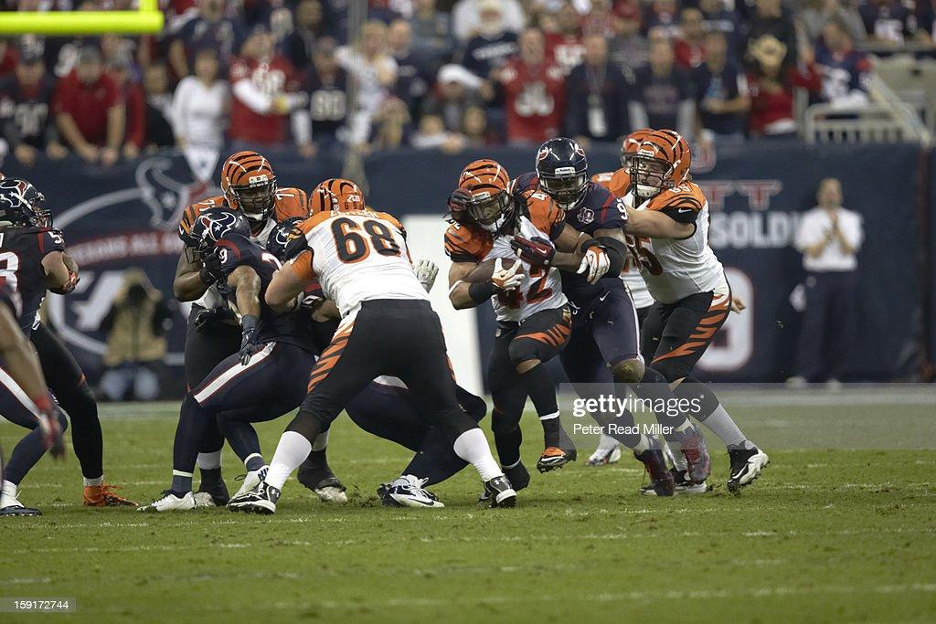 Cincinnati Bengals BenJarvus Green-Ellis (42) in action, rushing vs Houston Texans at Reliant Stadium. Peter Read Miller F1018 )