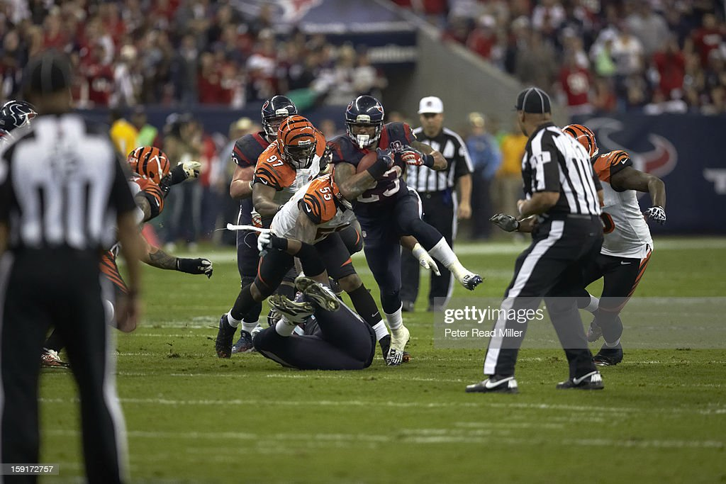 Houston Texans Arian Foster (23) in action, rushing vs Cincinnati Bengals at Reliant Stadium. Peter Read Miller F1840 )